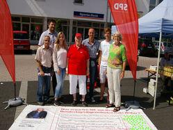 Gabi Weber mit Wahlkampfteam
